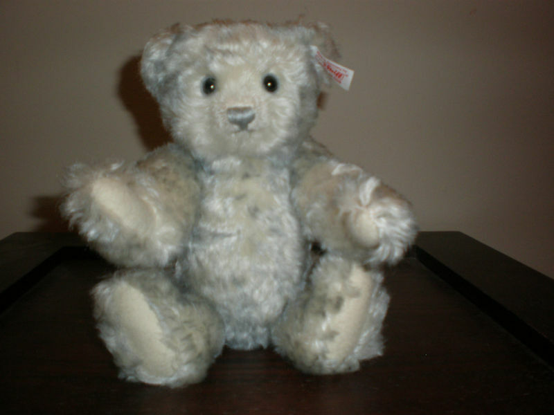 STEIFF BEAR 2008 NEW NO BOX