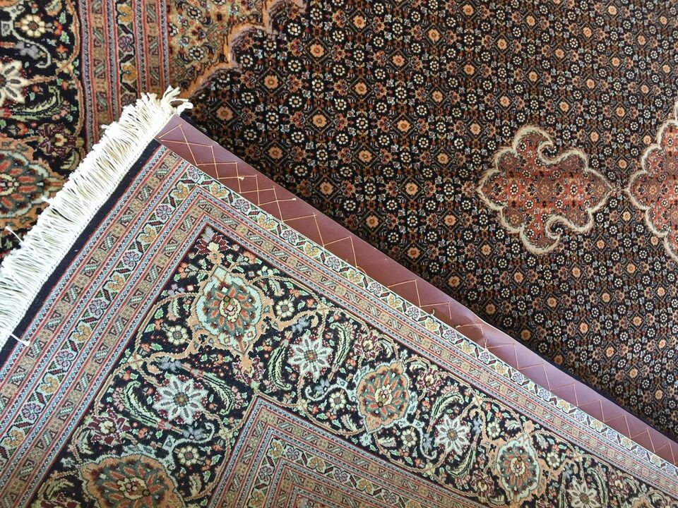Gulvtæppe, ægte tæppe, Uld og silk på bomuld