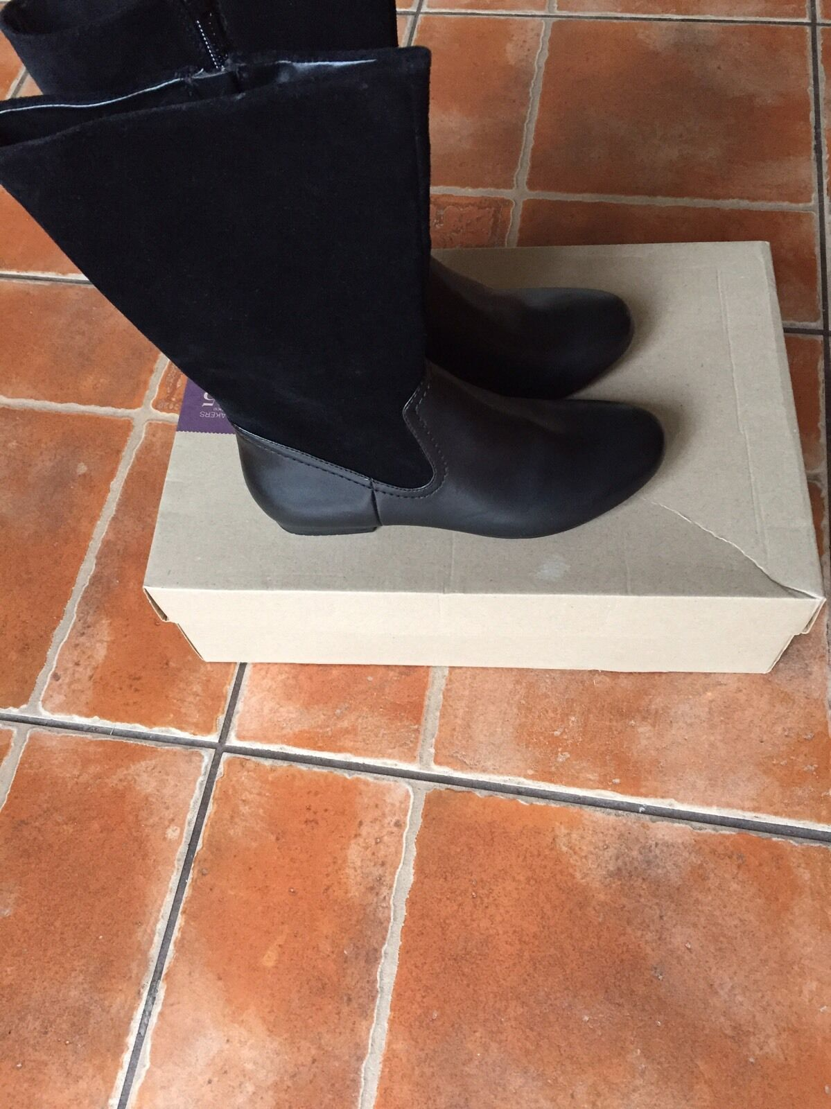 Clark's Ladies Leather Long Black Boots UK 5.5 Black Combi Leathers & suede BNWB