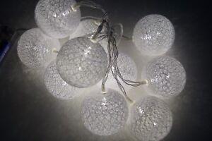 Lichterkette-10-LED-Led-Raffia-Kugel-Warmweiss-Batterie