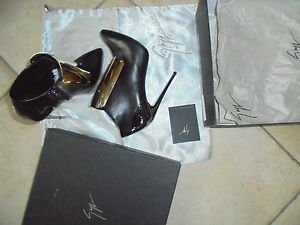 stivaletti-Giuseppe-Zanotti-1450-Euro-n-38-nero-oro-pelle-ankle-boots-shoes
