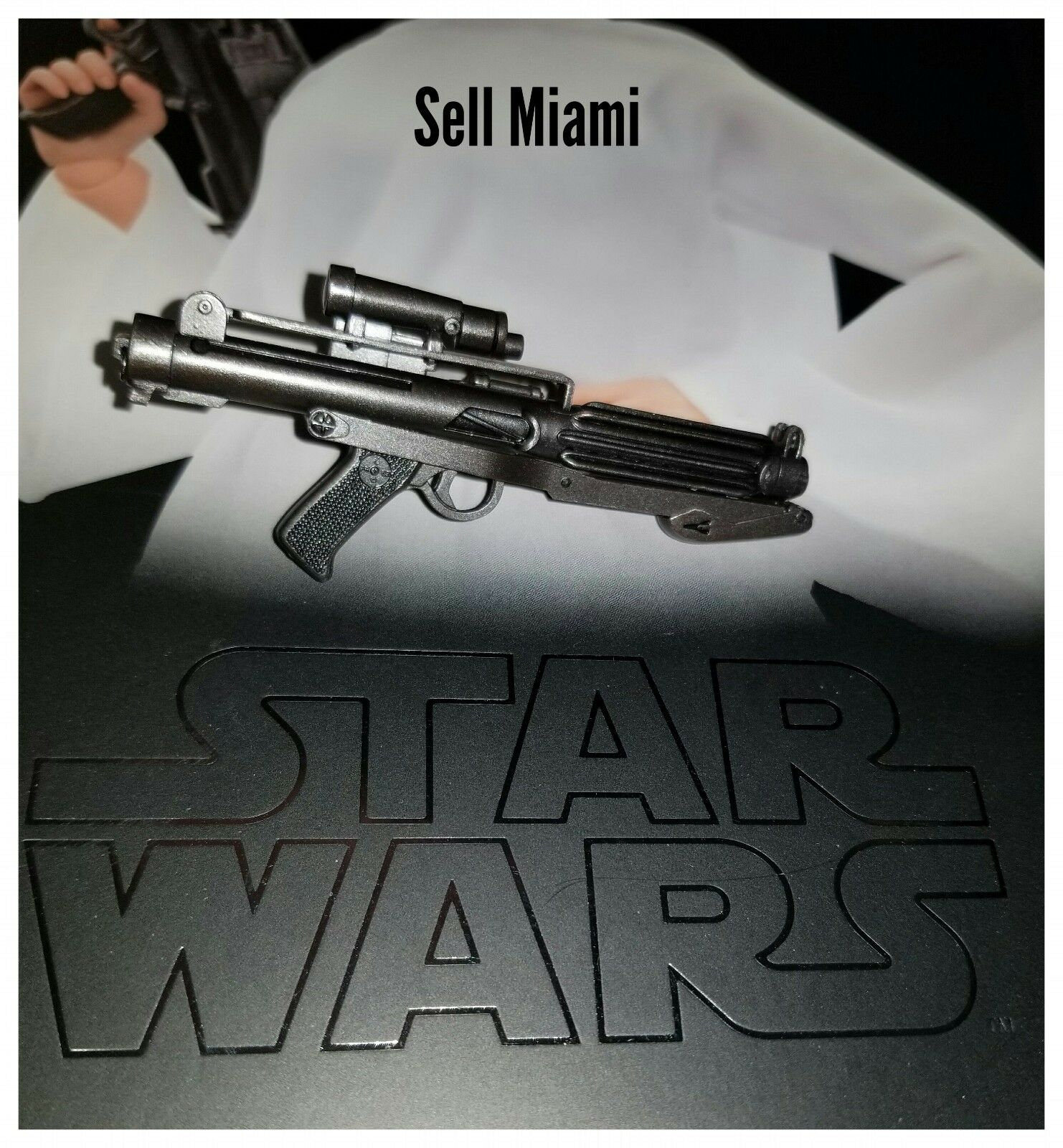 1/6 Hot Toys Star Wars Princess Leia MMS298 Laser Rifle