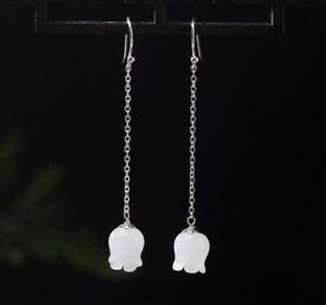 Modestil F04 Ohrring Silber 925 Mit Blüte Aus Weißer Jade An Kettchen