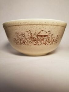 Vintage Pyrex Mixing Bowl #403 Forest Fancies 2.5 L Mushrooms Brown Tan Speckles
