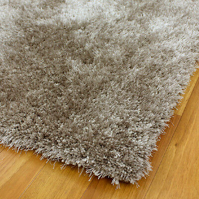 LATTE POLY/SILK FLOOR RUG SHAGGY HAND T