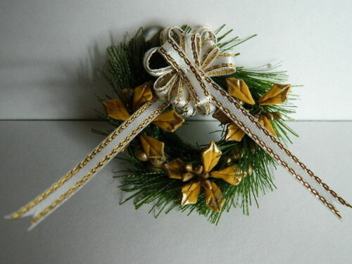 X1.16 DOLLS HOUSE ARTIFICIAL CHRISTMAS WREATH WITH BOW