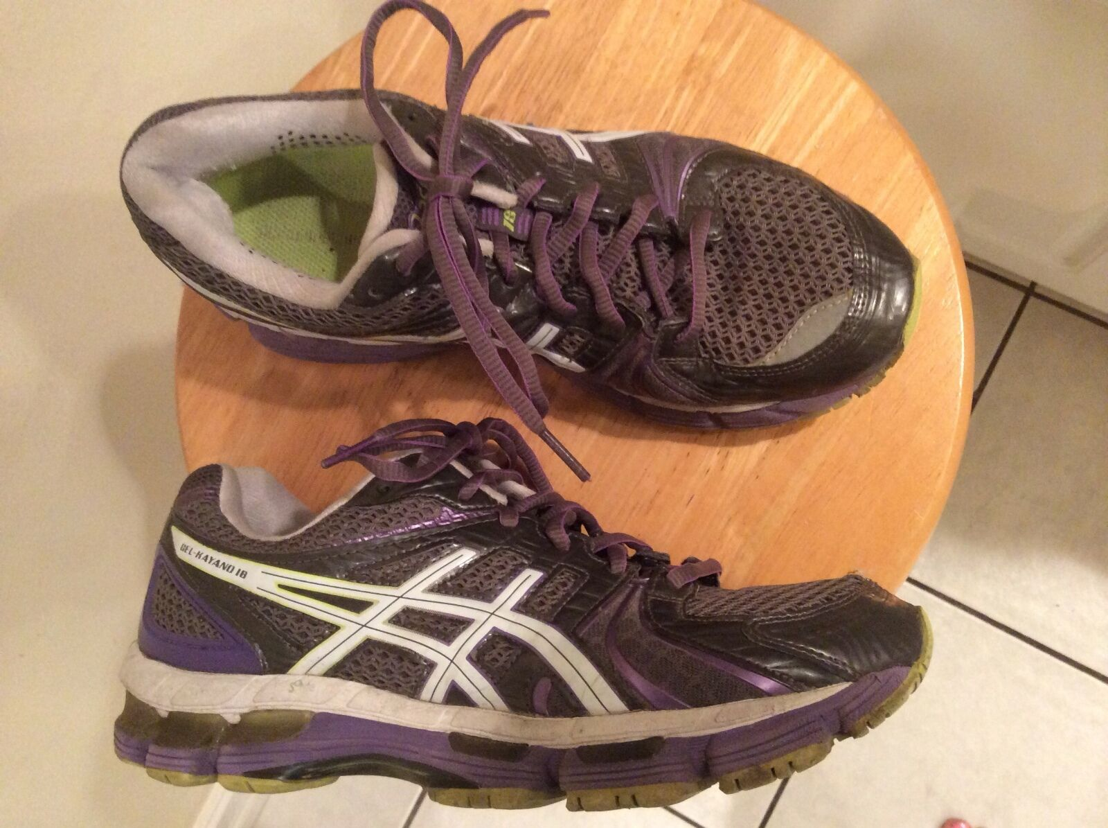 Asics Gel-Kayano 18 Running Shoes MSRP 150Price reduction Comfortable and good-looking