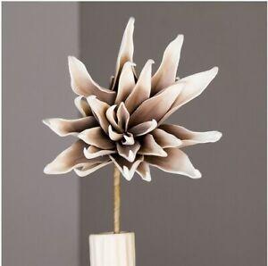 Kunstblume Foam flower Dekopflanze Blüte grau