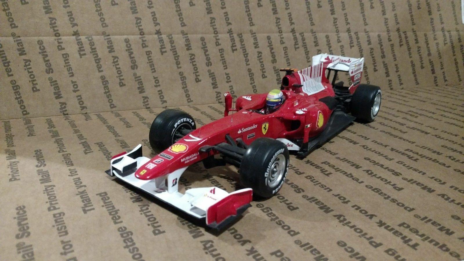 1 18 Hot Wheels FERRARI F1 F10 F. MASSA BAHRAIN GP, DIE CAST