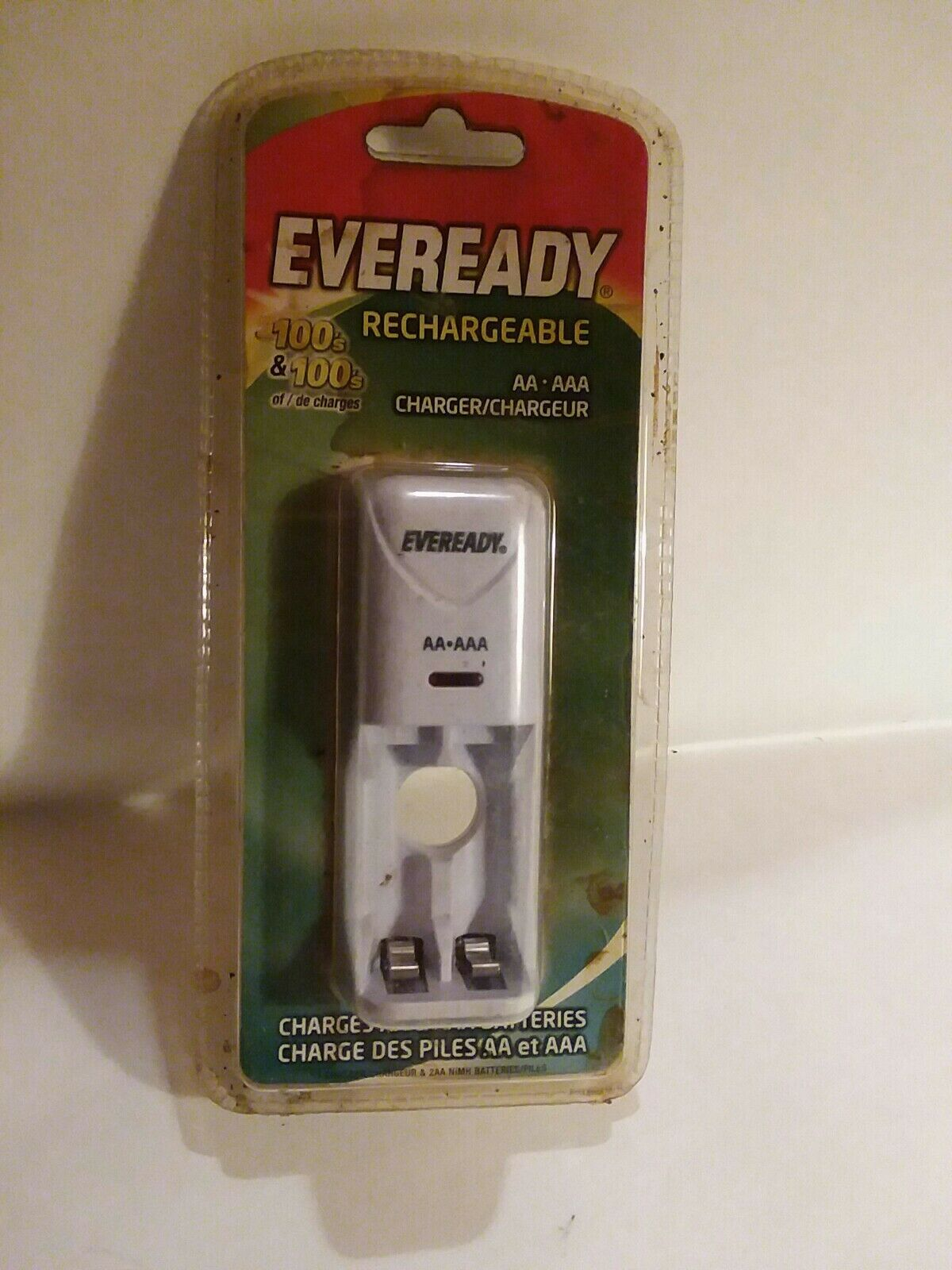 Eveready Rechargeable AA AAA battery Charger