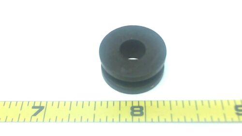 Shift Rod Johnson Evinrude OMC 552360 Grommet
