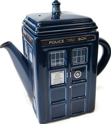 Doctor Who Tardis Tea Pot with Removable Lid New In Box