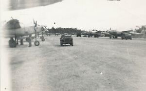 WWII-1940-039-s-USAAF-Biak-Air-Field-Photo-12-airplanes-jeeps
