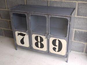 Industrial-3-puertas-de-metal-del-gabinete-organizador-de-bebidas-Retro-Comedor-Caddy-Nuevo