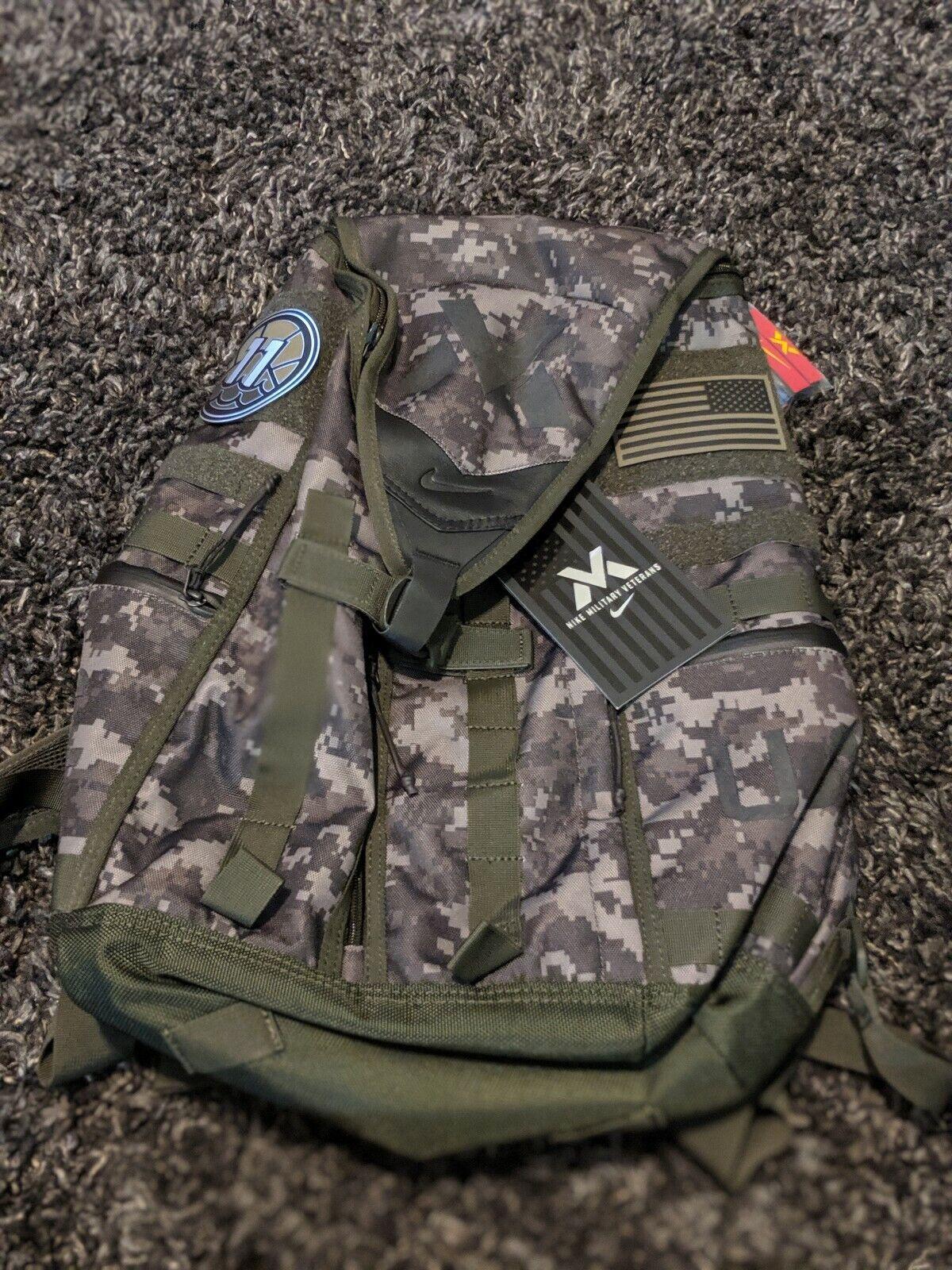 Presa entregar aguacero  Nike NMV Recruit Veterans Zip3 Backpack Camo Olive Sequoia Black Bz9823 222  for sale online | eBay