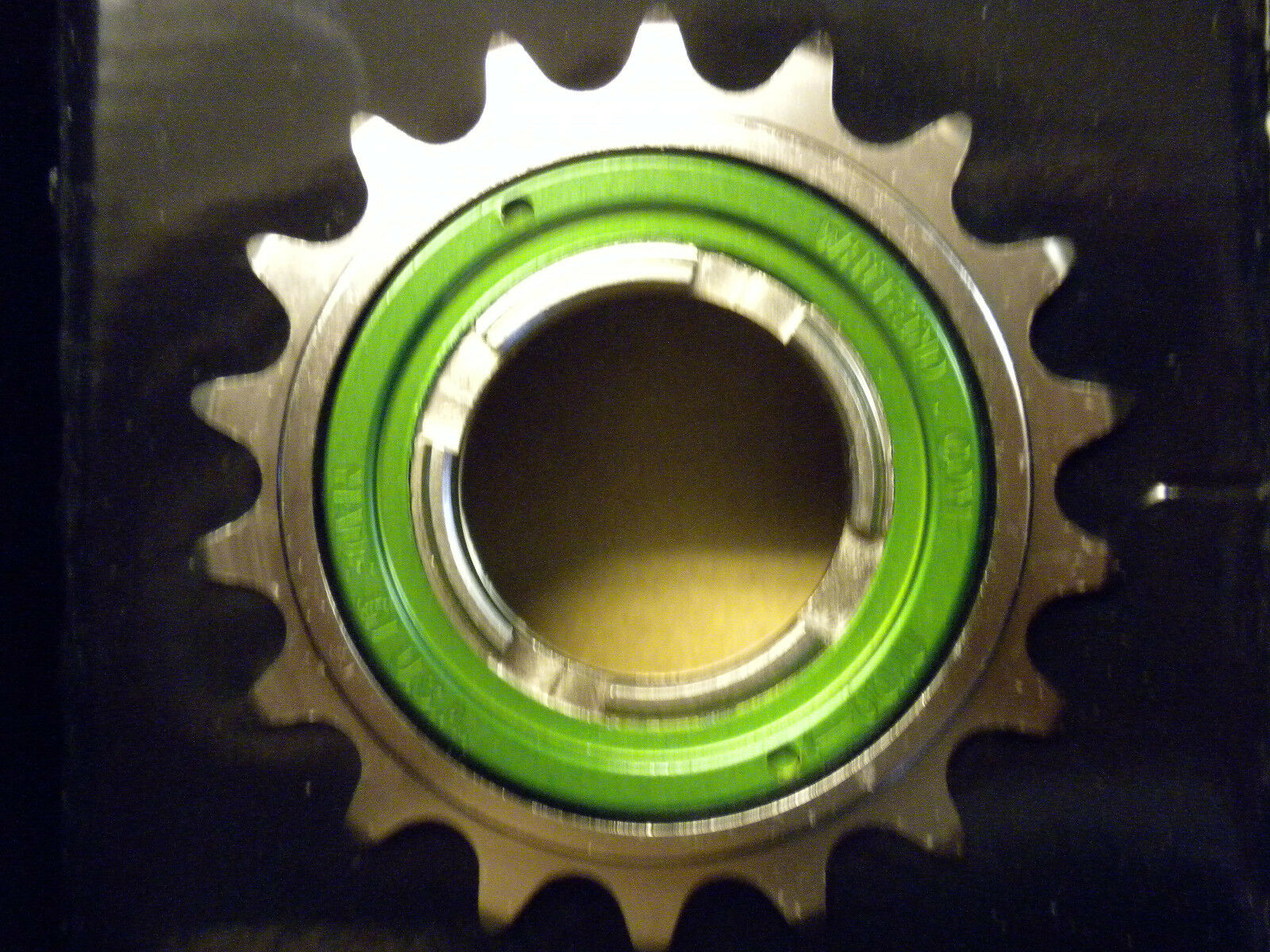 White Industries ENO   TRIALS  Freewheel 18-tooth  a lot of surprises