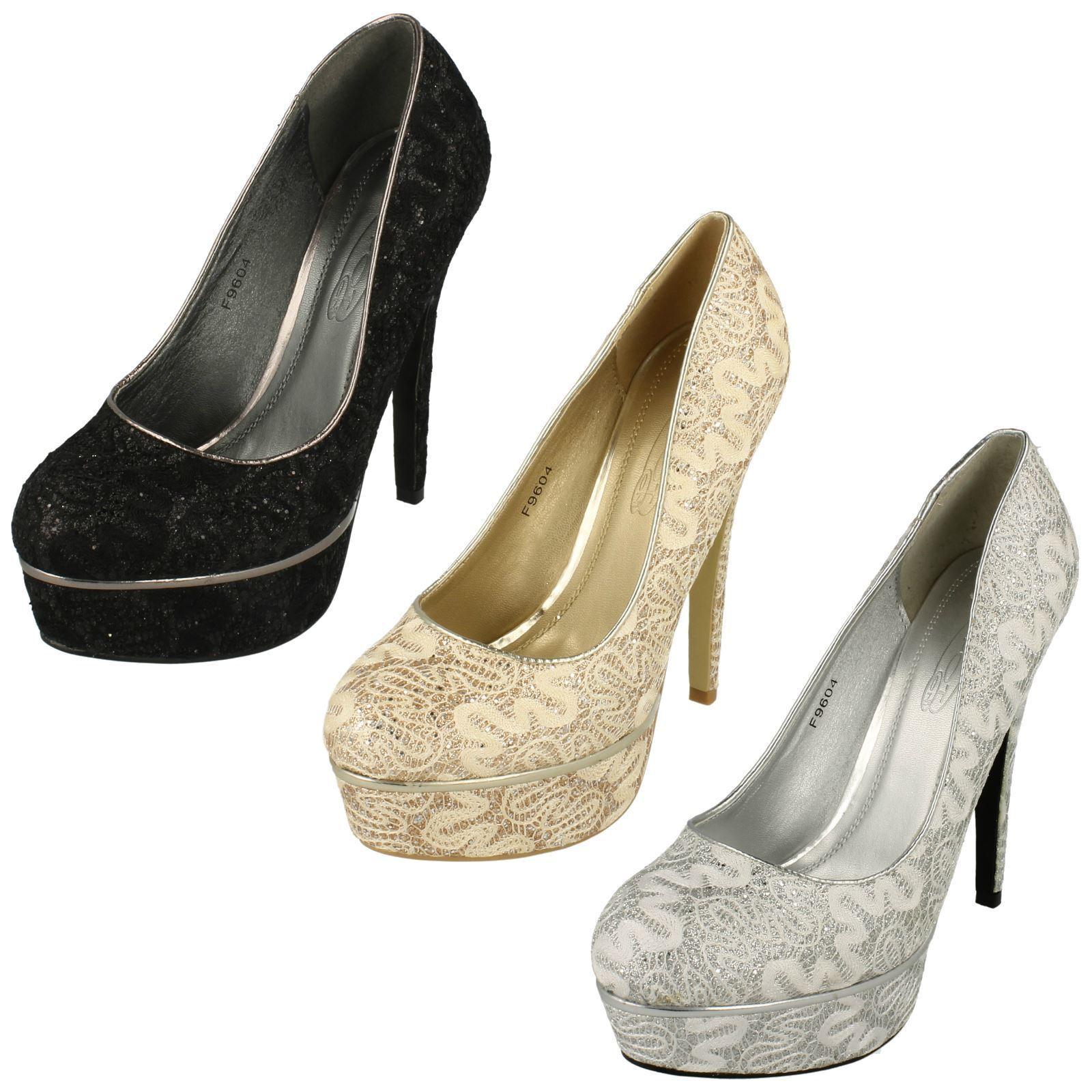 Spot On Ladies Lace Platform Court Shoes
