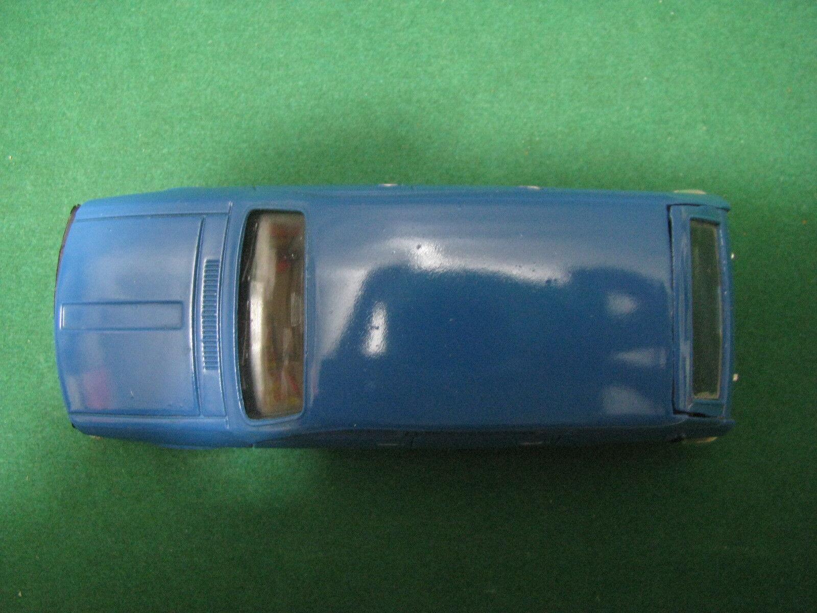 Vintage  -  RENAULT 12 break   - - -  1 43 Solido Ref. 22 bbc0a4
