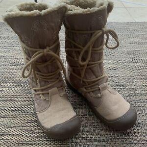 SKECHERS brown beige winter boots