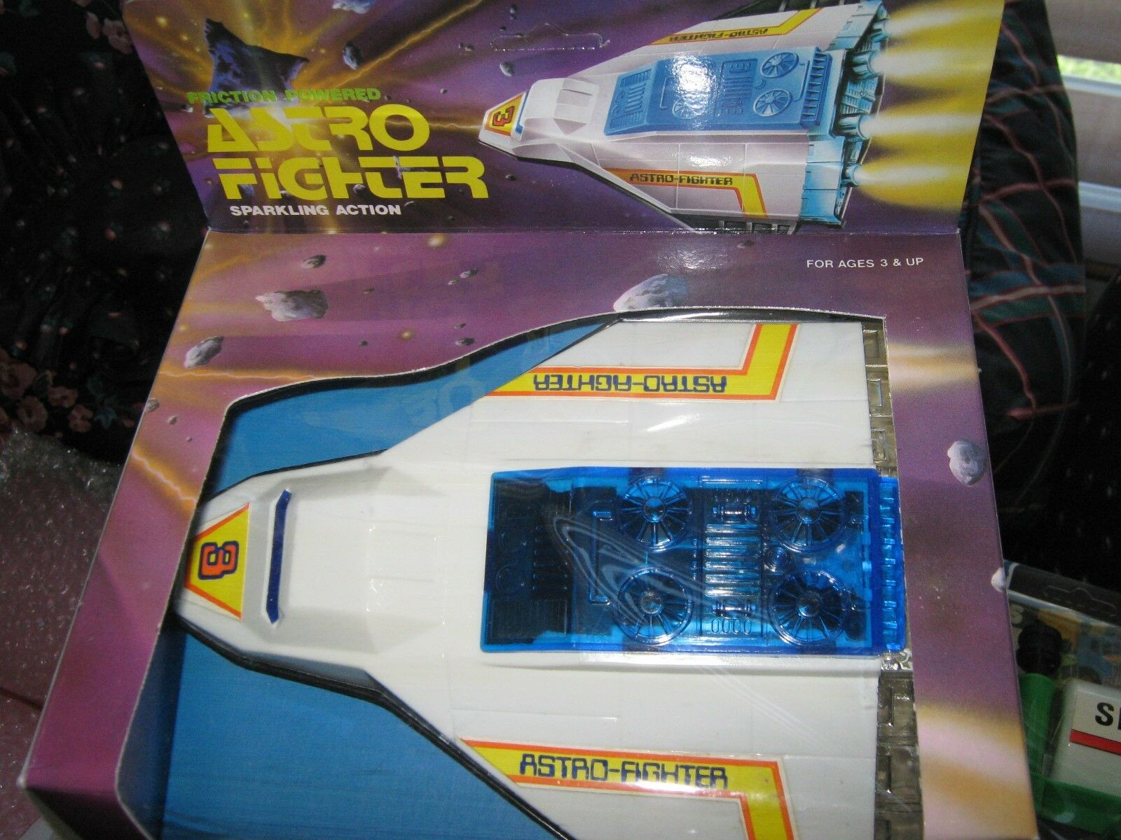Astro Fighter , Friction Powered , Sparkling Action , E
