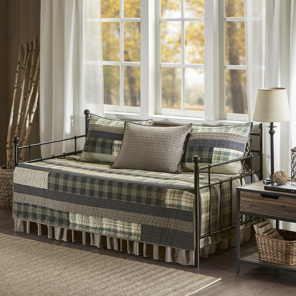 Woolrich Winter Plains 5 Piece Day Bed Cover Set