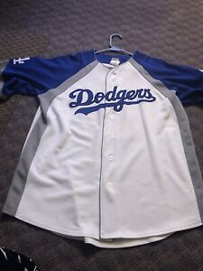 Vintage-Los-Angeles-Dodgers-Ramirez-Jersey-Majestic-Side-Patches