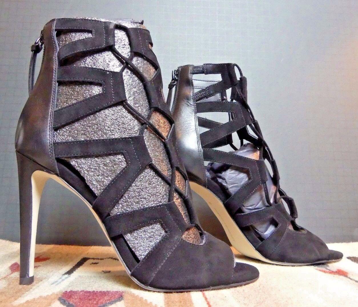 vendita all'ingrosso Donna  Rebecca Rebecca Rebecca Minkoff nero Suede Back Zip Ankle Pierced Heels Sz.8M NWOB WOW   alta qualità generale