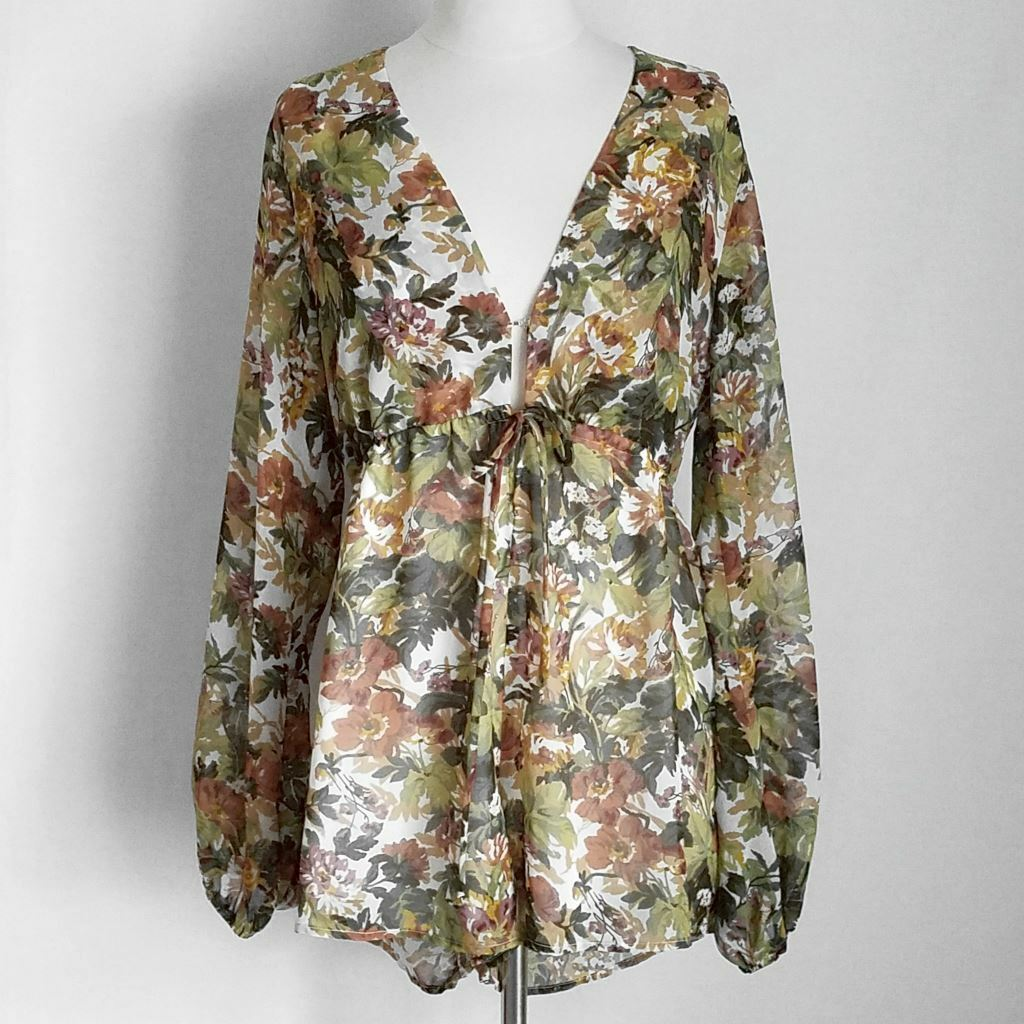 NWT- SHOW ME YOUR MUMU Floral Sexy Low-Cut Long-Sleeve Zoe Romper- XS