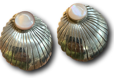 Vintage Native Southwest Sterling Silver Yellow Mother of Pearl Earrings
