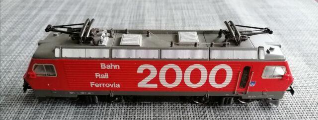 Märklin 3330 Re 4/4 IV Digital mit Märklin 60906 Bahn 2000 MFX