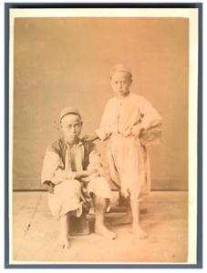 Algerie-Cireurs-de-chaussures-Vintage-albumen-print-Tirage-albumine-10x