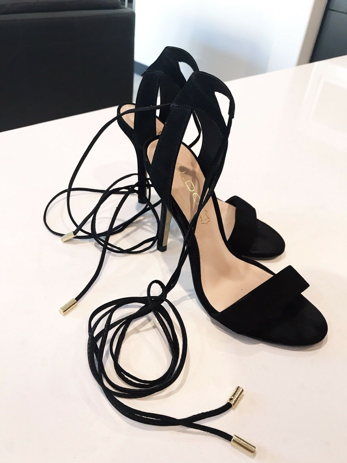 Sold Out Women's Aldo Black casarolo casarolo casarolo Leather Heels Tie Up  Sexy & Suede Size 6 ff2cd0