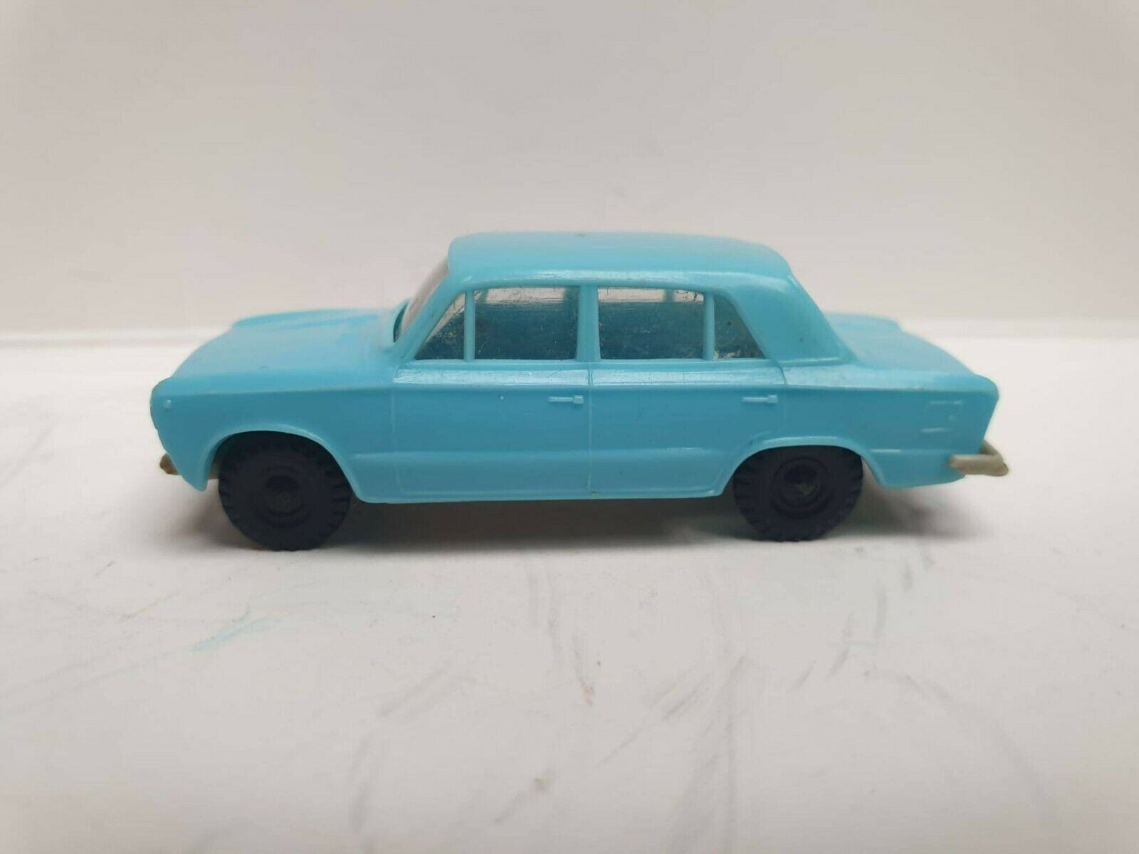 Vintage Polish RUCH FSO Polski Fiat 125p PLASTIC 1 72 ZC-28 good condition RARE