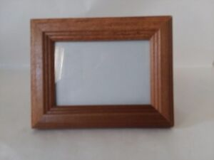 Small-Wood-Rectangle-Picture-Frame-3-034-x-2-034