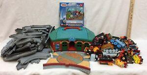 Thomas-The-Train-Station-Storage-House-Track-Engines-Cars-Puzzle-Large-Lot