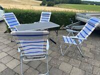 Stol og bord, 4 stk fine stole, der kan ligges