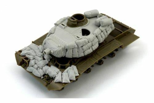 "RE35-480 M-41 ""Walker Bulldog"" with sandbags armor, PANZER ART, SCALE 1 35"