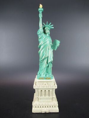 NEW YORK Magnet Freiheitsstatue Liberty mit Flagge,3 D Polyresin,Souvenir USA