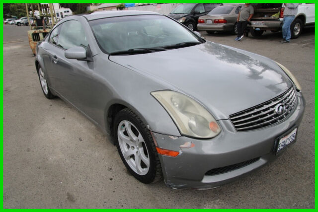 2003 Infiniti G35 2dr Coupe