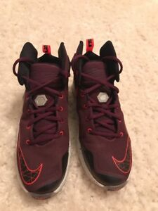 new style 123c8 26974 Details about Nike Lebron 13 XIII Kid's Burgundy Basketball Shoes Size 5.5Y  #808709-500 EUC
