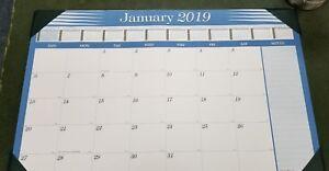 """2019  Compact Desk Pad Calendar 11"""" x 17""""  721003081475"""