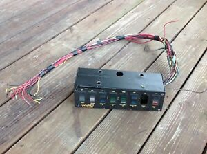 Painless-Wiring-50202-8-Switch-Panel-used-needs-one-switch-Save-money-drag-car