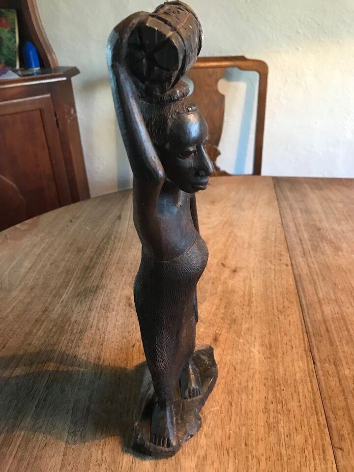 Træfigurer, Afrikansk Ibenholt figur