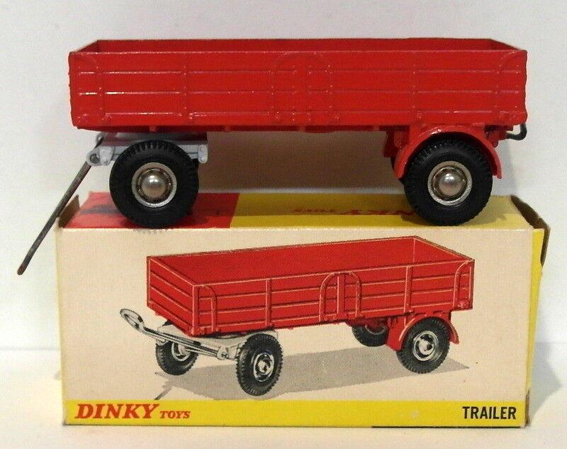 Ein schäbiger 428 - trailer drehgestell räder pivot bewegliche am arm - rot