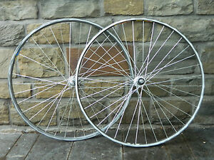 Vintage-Shimano-Dura-Ace-Hyperglide-8-speed-wheelset-Fir-amp-Mavic-clincher-HB7400