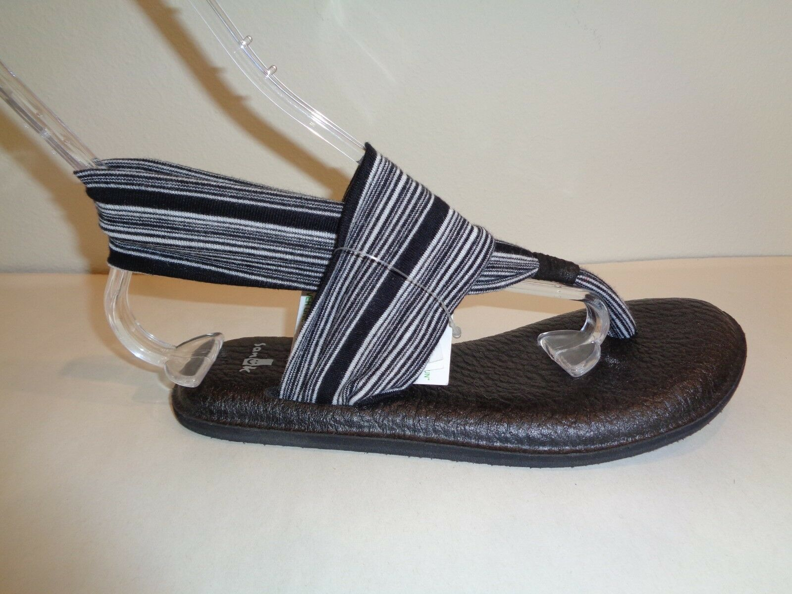 Sanuk Size 6 YOGA SLING 2 White Black Thong Slingbacks Sandals New Womens shoes