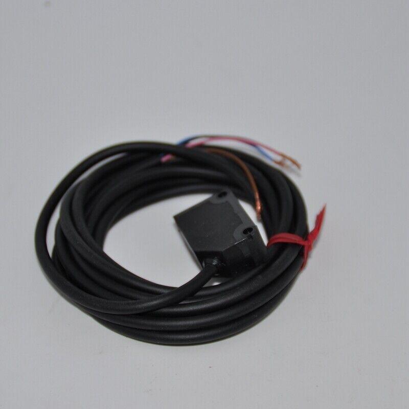 1PC New In Box PANASONIC SUNX CX-442 Photoelectric Sensor