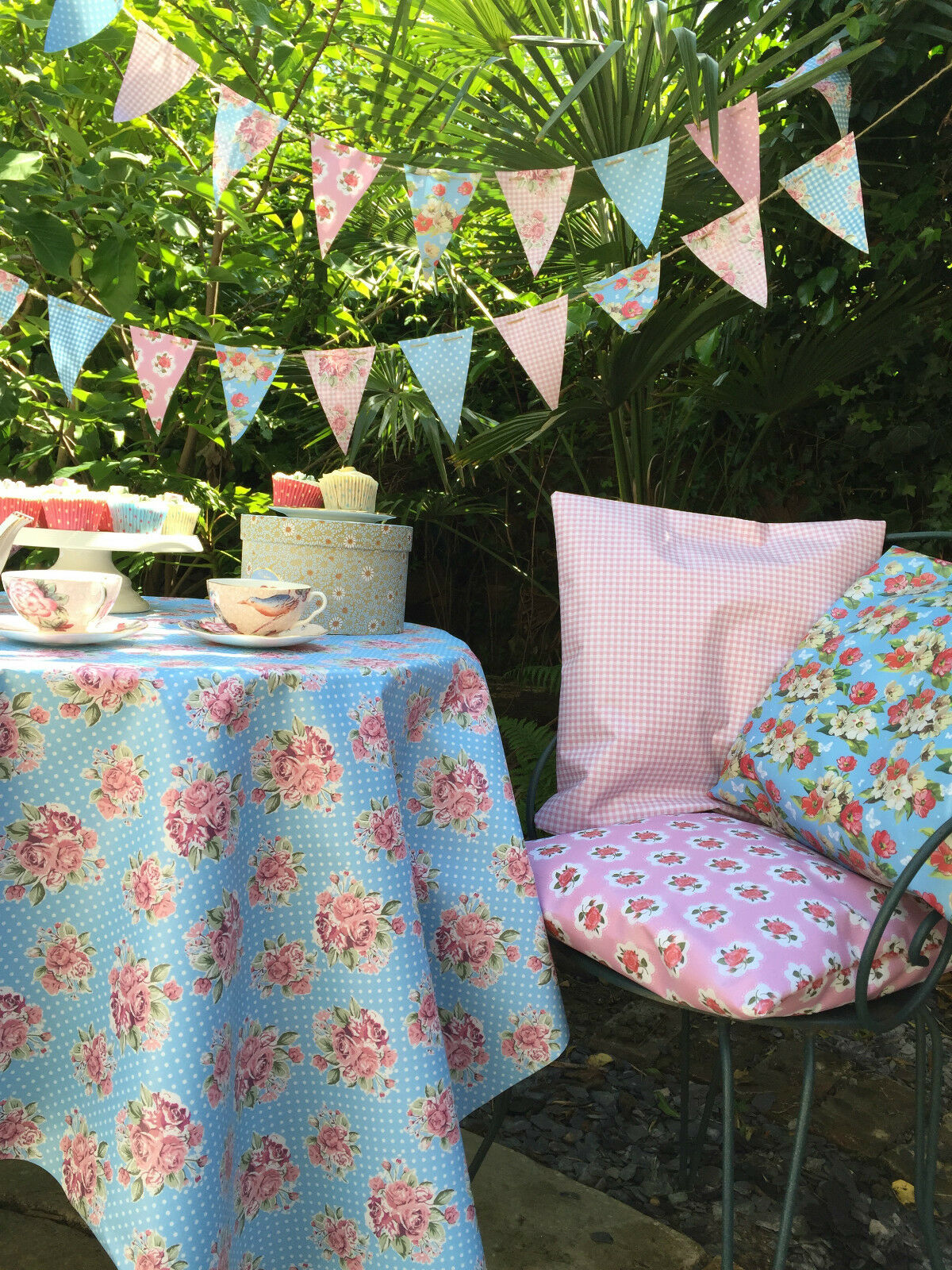 Vintage 100% WATERPROOF OUTDOOR PVC COATED GARDEN BENCH BENCH BENCH SEAT CUSHIONS & BUNTING 84ed9f