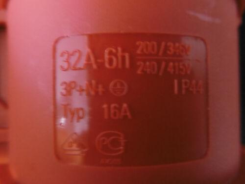 Mennekes embrayage type 32 A NEUF