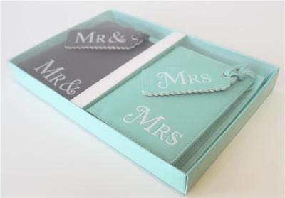 con confezione regalo Mr and Mrs-passaporto